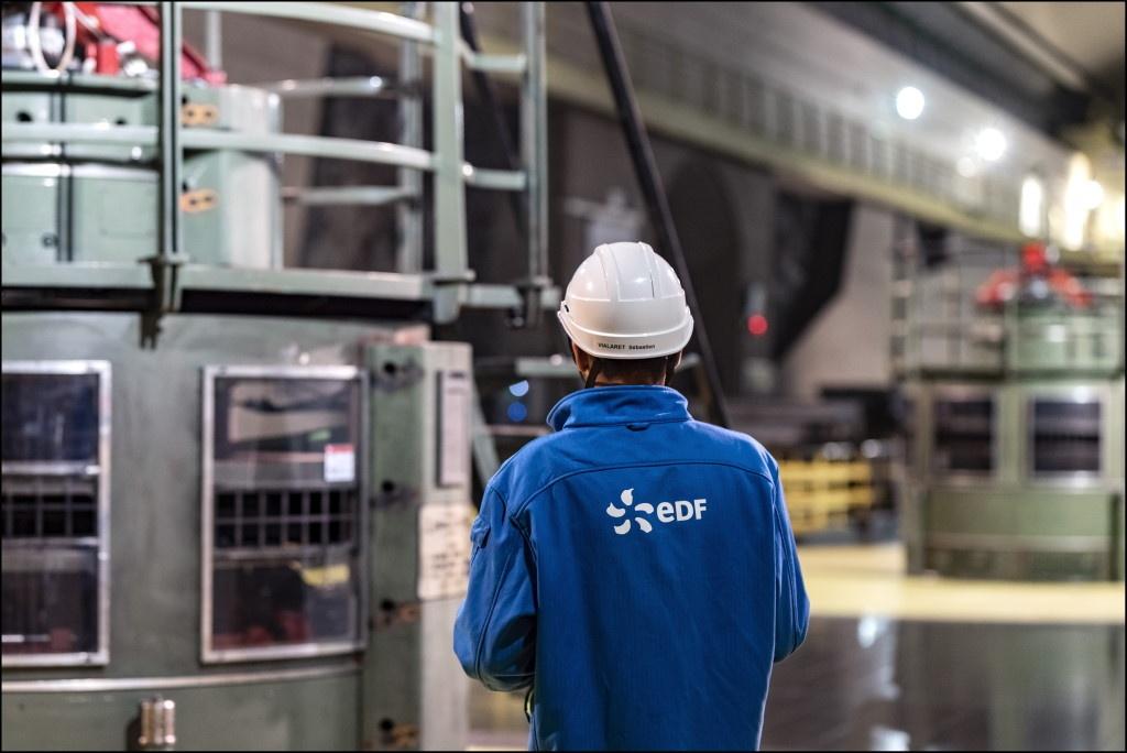 EDF Serre Poncon salle des machines c_Xavier Popy Agence REA