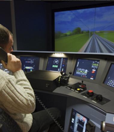 SIMULATEUR DE CONDUITE DE TRAIN TRANSILIEN (visites suspendues temporairement)