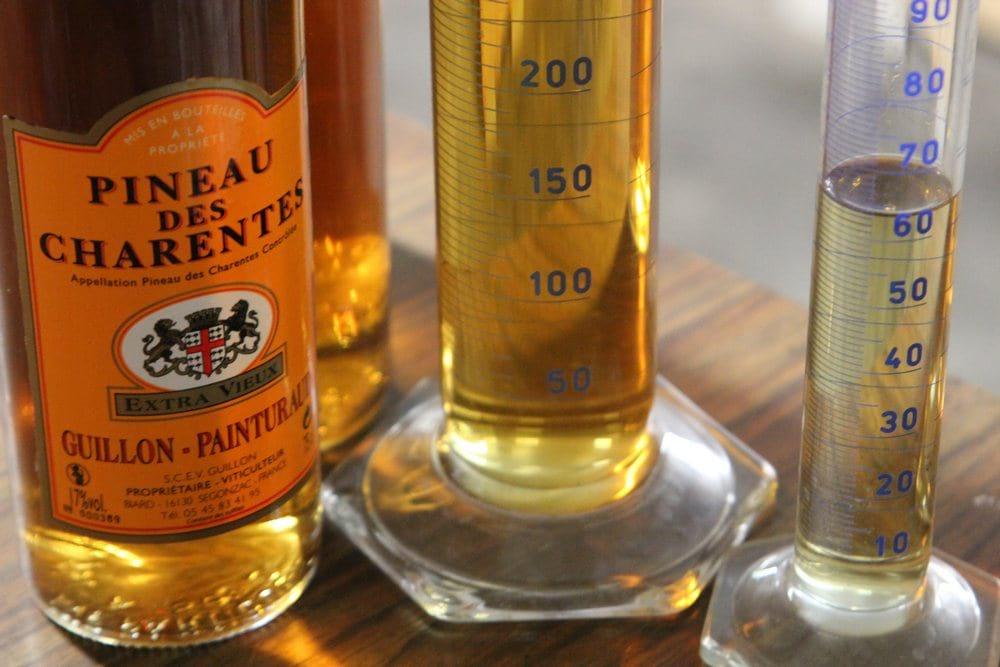 entreprise_et_decouverte_cognac_guillon_painturaud_assemblage-pineau-guillon-painturaud