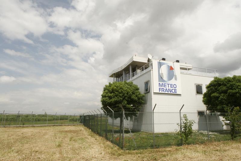 facade_meteo_france_orly-1-didier-adam-1