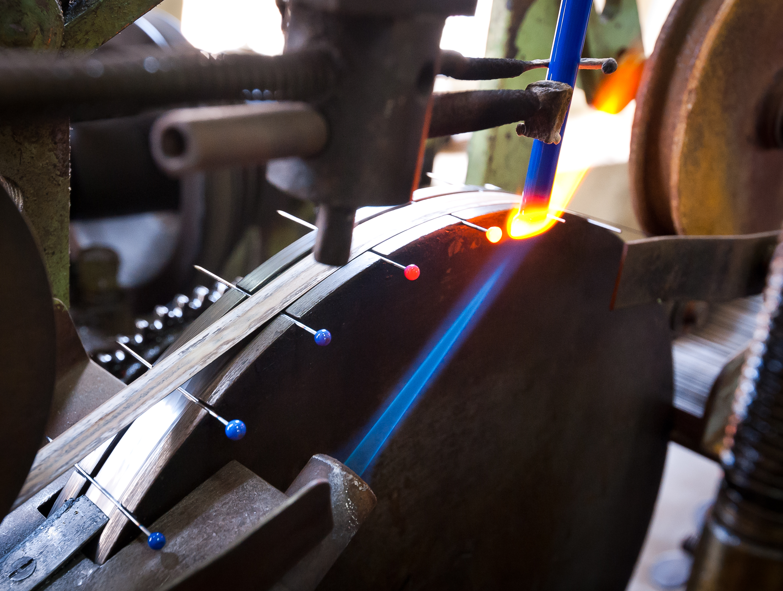 la-manufacture-bohin-ateliers-de-production-epingles-a-tete-de-verre-romain-chocart