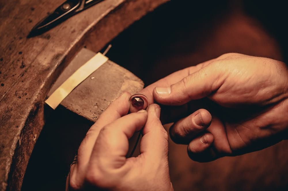 manufacture_grenat_entreprise_et_decouvertemanufacturedugrenat-5